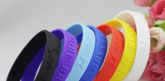 customized silicone bracelets